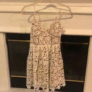 Impeccable Pig White Lace Dress